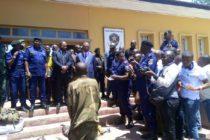 Ituri : La PNC a présenté quelques présumés auteurs des massacres de Djugu à la population