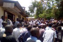 Les massacres de Beni : Les forces vives durcissent le mouvement de deuil.