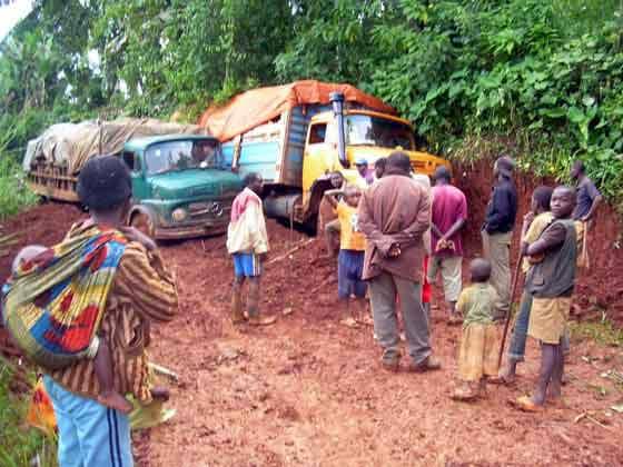 Lubero : Une érosion d'une pante routier coupe le trafic Muhangi-Musienene